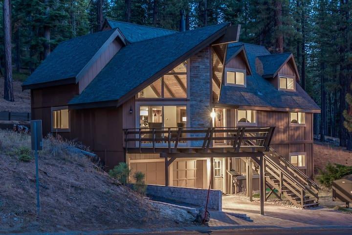 Sierra House Chalet