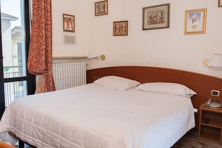 hotel vip - Piacenza - Boutique-hotel