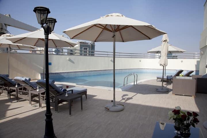 Dubai Marina, downtown Dubai, Palm Jumeirah.