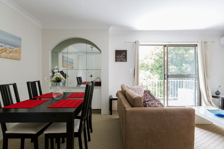 Gold Coast,stroll to the Broadwater - Labrador - Appartement