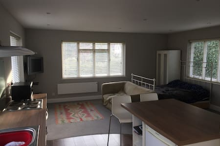 Suitable for social isolation.central Chorleywood