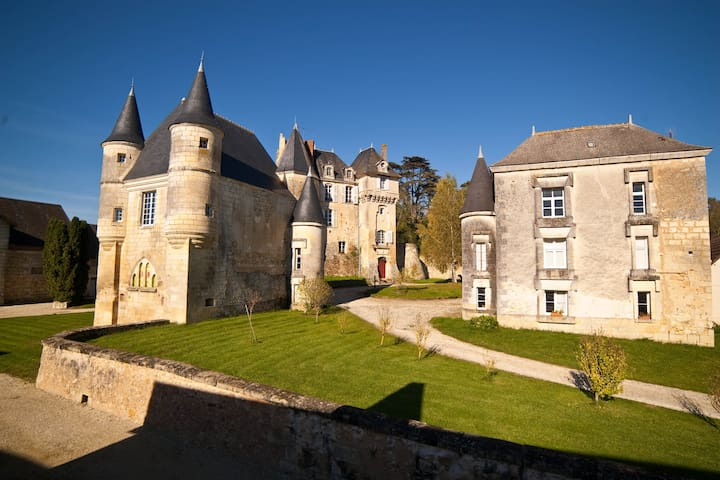 Maison des Chouettes | 3 Bedrooms | Sleeps 6 - La Celle-Guenand - Apartment