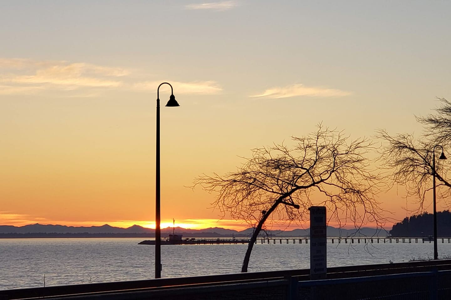 White Rock Beach is close by, offering beauty, shops, and dining experiences.