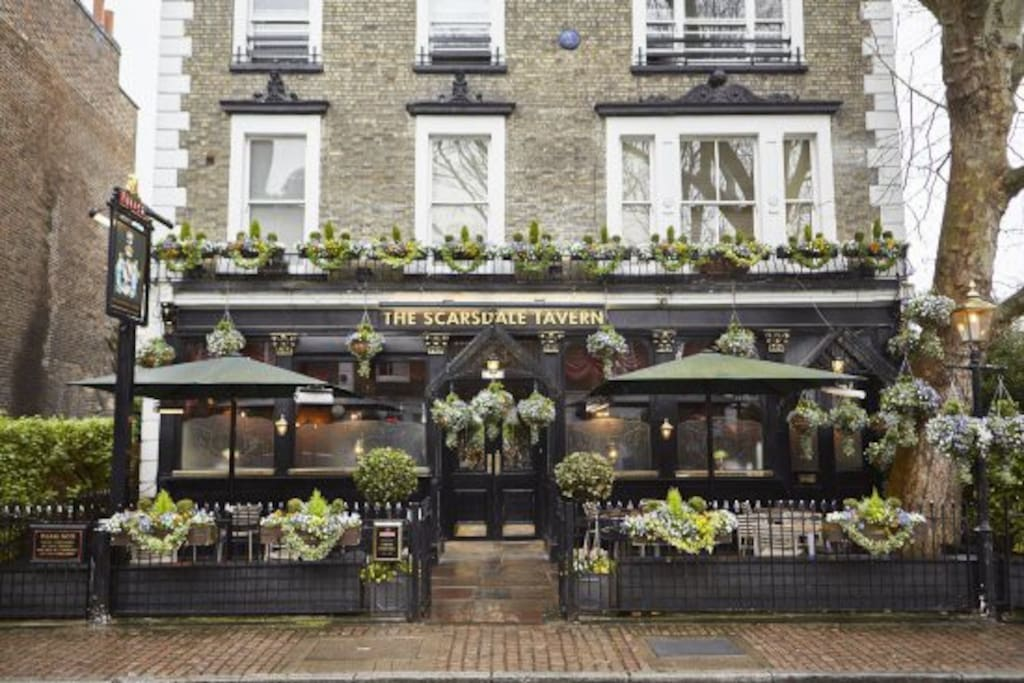 There are loads of amazing pubs within walking distance