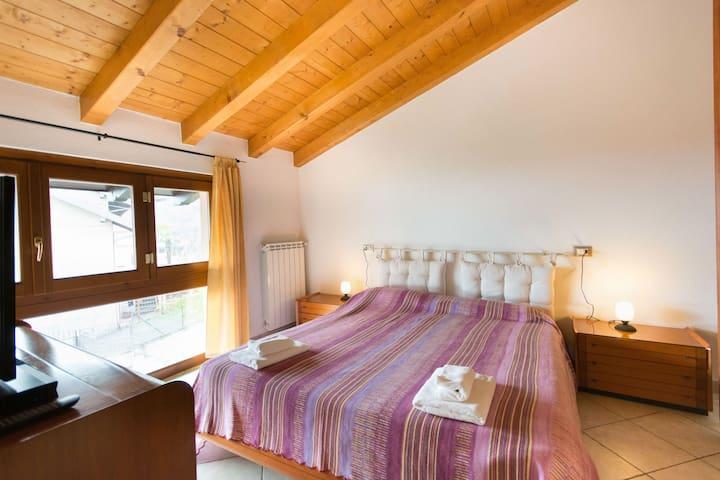 B&B Garzola Double Lake Como View - Ossuccio - Bed & Breakfast
