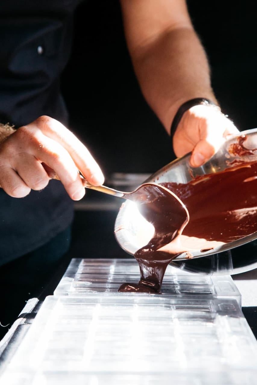 how to make own chocolate