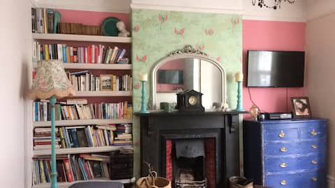 Central Plymouth- Edwardian 3 bed Terraced House