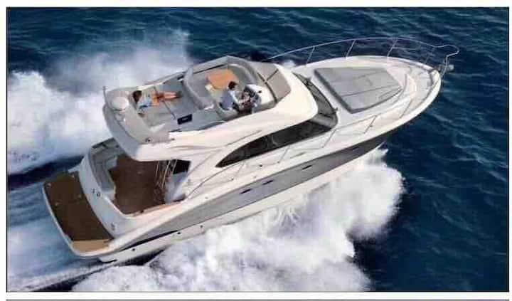 【8折特惠】 50尺豪华游艇打造奢华海上娱乐体验