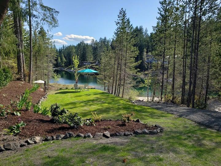 PRIVATE   Belfair Lakeside Rv camping & KAYAK