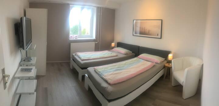 Moderne Wohnung komplette Ausstattung und WLAN
