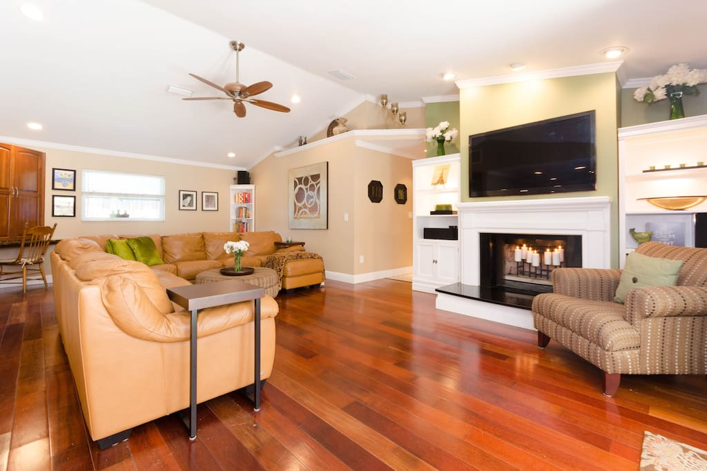 Family Room- Large TV with surround sound.  Fireplace and large sectional.