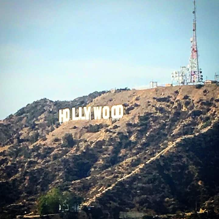 Great photos of the Hollywood Sign.