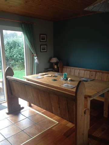 Bright, warm,family-friendly home. - Louisburgh - House