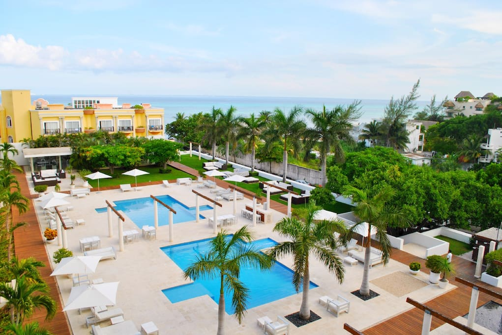 You have full acesss to all of complex. Gymnasium. 2 pools. Lounge seating and chairs. Wifi.