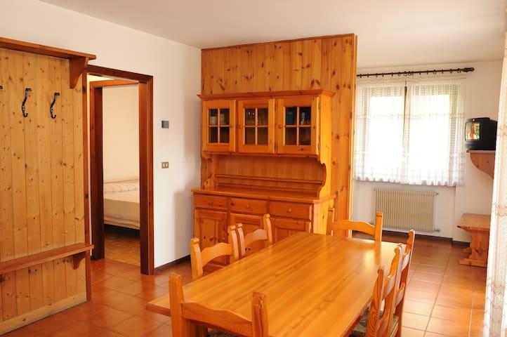 1 bedroom apartment Brenta Dolomite - Strembo - Leilighet