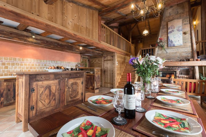 **Charme, ambiance cosy , chalet l' Ours Blanc ...