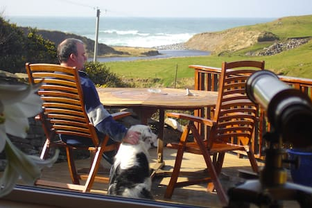Sea View House Atlantic View  Room -- max 3 Guests - Doolin - Appartement