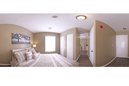 1 Bed 1 Bath Condo in the heart of UNCC and NASCAR - Charlotte