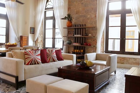 Spectacular Old Town Apartment - Panamá - Byt