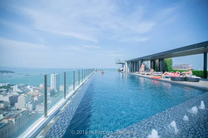Base Cando pattaya downtown  seaview two-bedroom