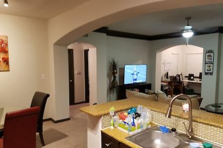 Superbowl 2017 Nice and Furnished 1bedroom Apt. - Houston