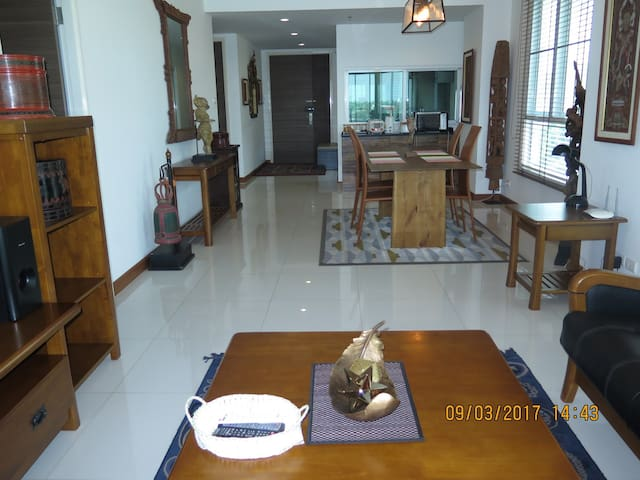 PARADISE RIVER FRONT VIEW/WINDY/QUITE 2BRS/2BATHS - Chao Phraya River - Appartement