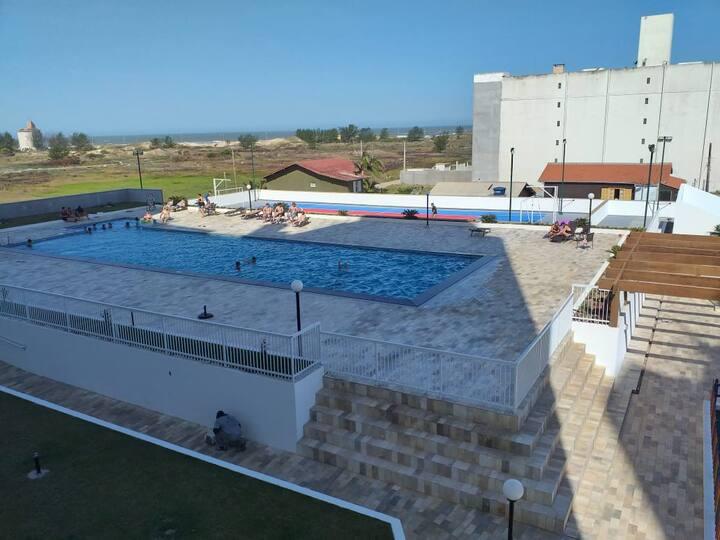Apartamento laguna Mar Grosso Cond. Fechado SC