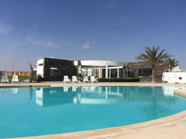 Exclusiva Casa de Playa en Condominio Paracas
