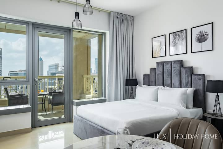 LUX | Executive Studio in Burj Khalifa District