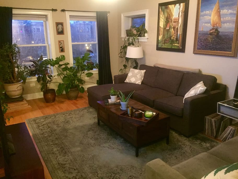 Comfortable Logan Square Apartment Apartments For Rent In Chicago Illinois United States