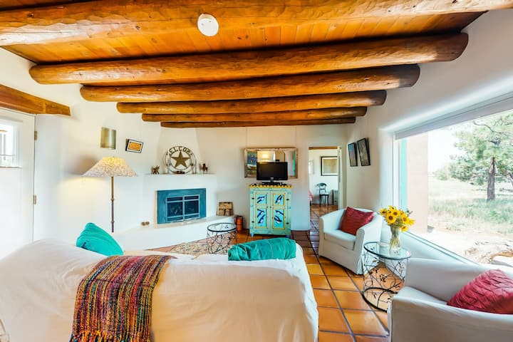 Restored adobe home w/views from 3 porches near hikes & skiing - dogs welcome!