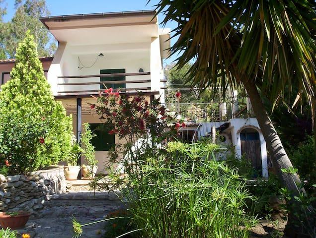Casa al mare a Porto Palo - Porto Palo - Feriehjem