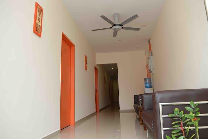 Clean & Comfort room