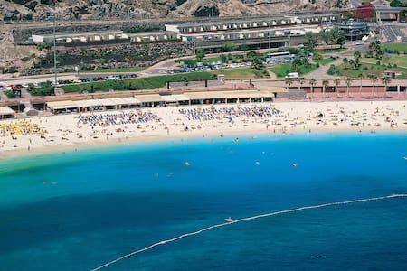 Amadores Beach View Apartment - Puerto Rico