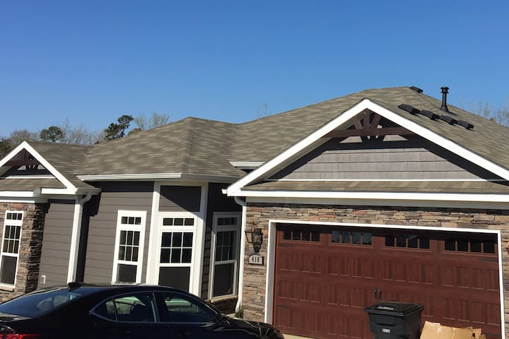 Newly built home perfect for Masters Week - North Augusta - Huis