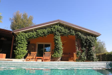 Villa con piscina a Passo Corese, vicino Roma