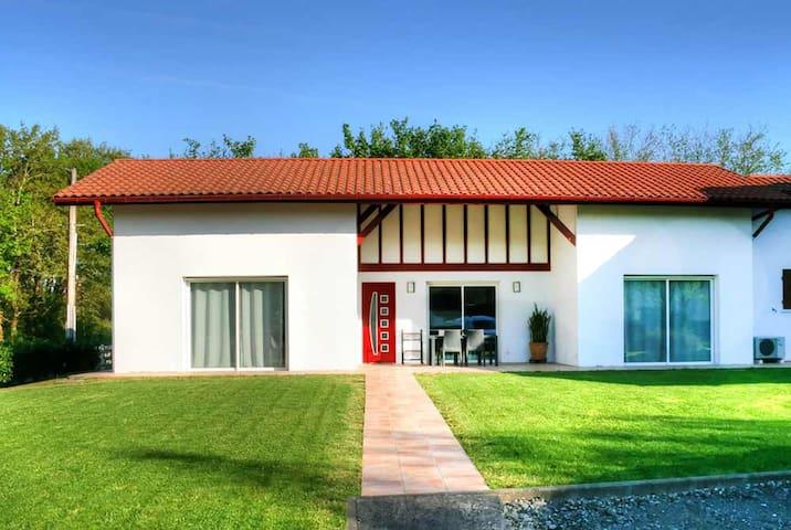 Maison «Arrabit»