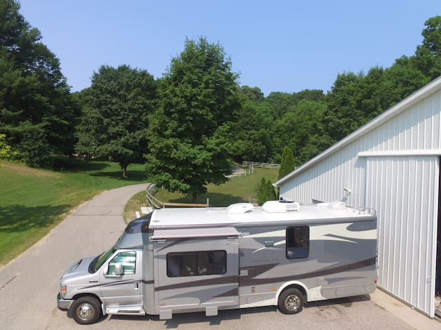 Leelanau County private camper/RV