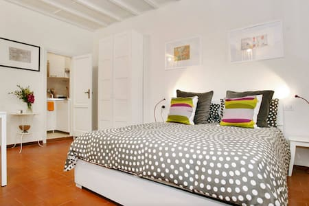 Fab Bohemian Suite, Via Maggio - Firenze - Apartment