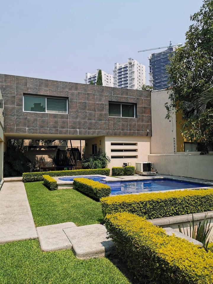 New Modern House in Cuernavaca near Averanda Mall