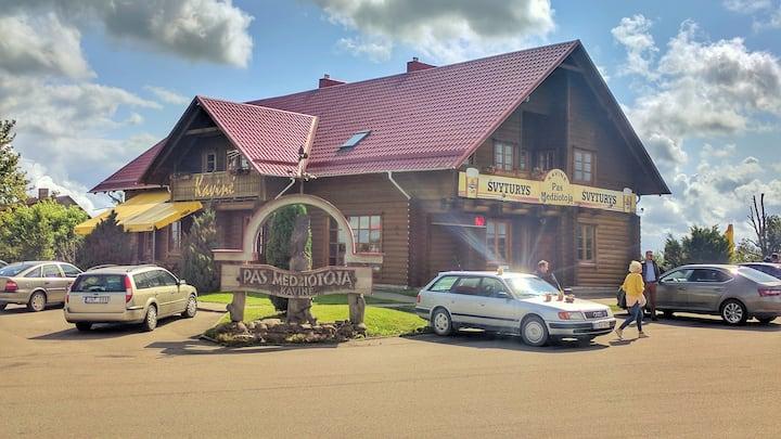 Motel-Restaurant ,,Pas Medziotoja''