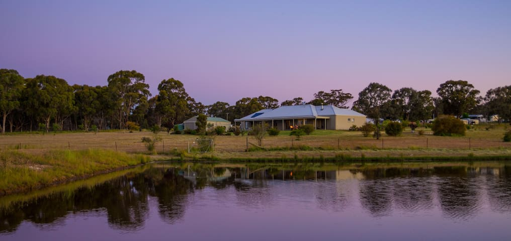 Abingdon House - Mudgee Retreat