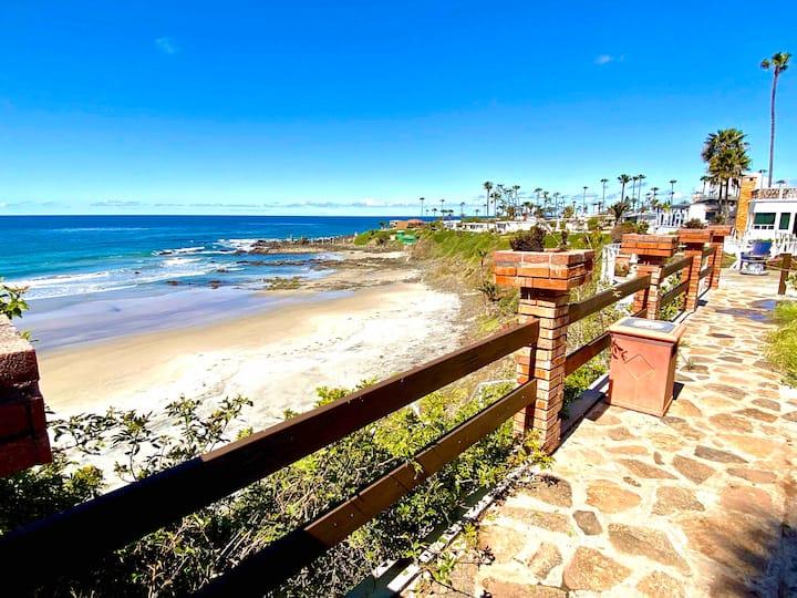 Amazing Beach Villa Private Beach
