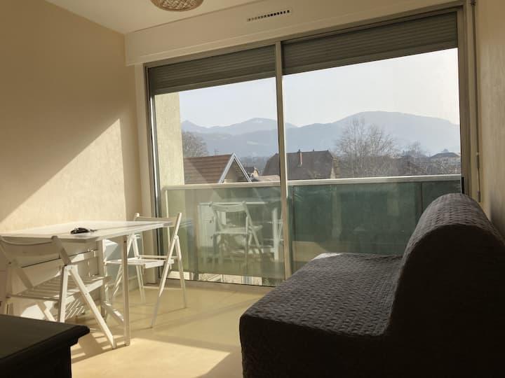 Studio avec vue montagne à Chambéry