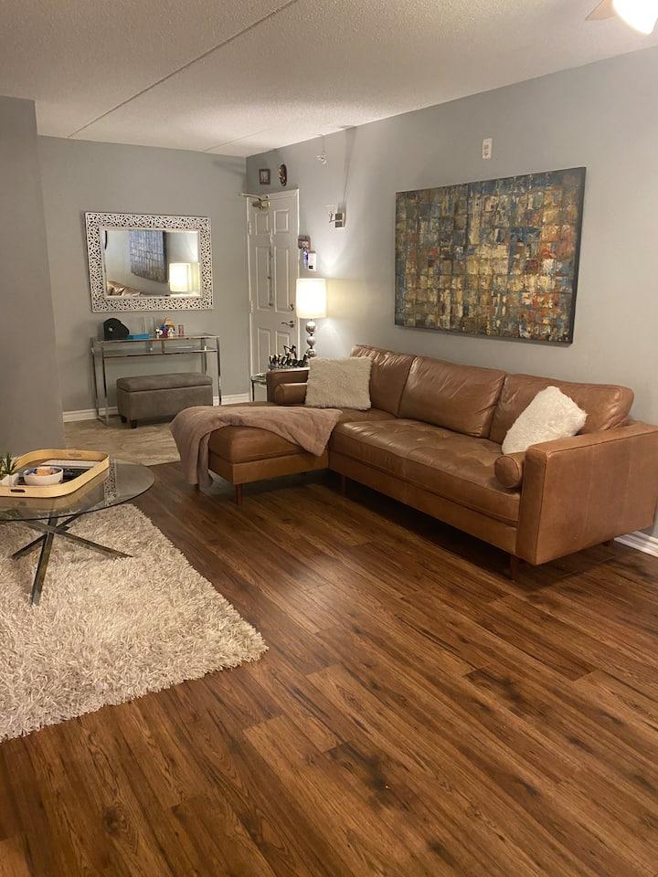 Cozy 2 Bedrooms Apartment