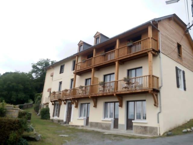 Balcons du Balandrau, studio pour 2, vue Montagnes