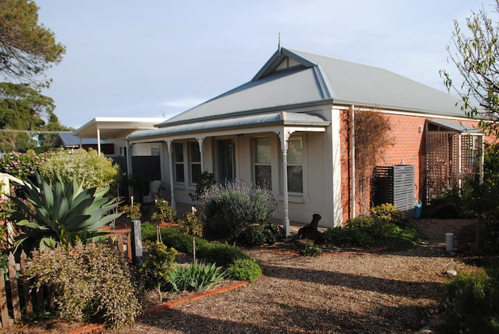 The Cottage @ Normanville