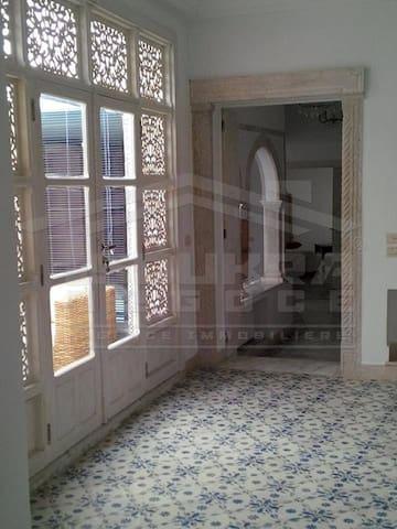 Un appartement style Andalous haut standing