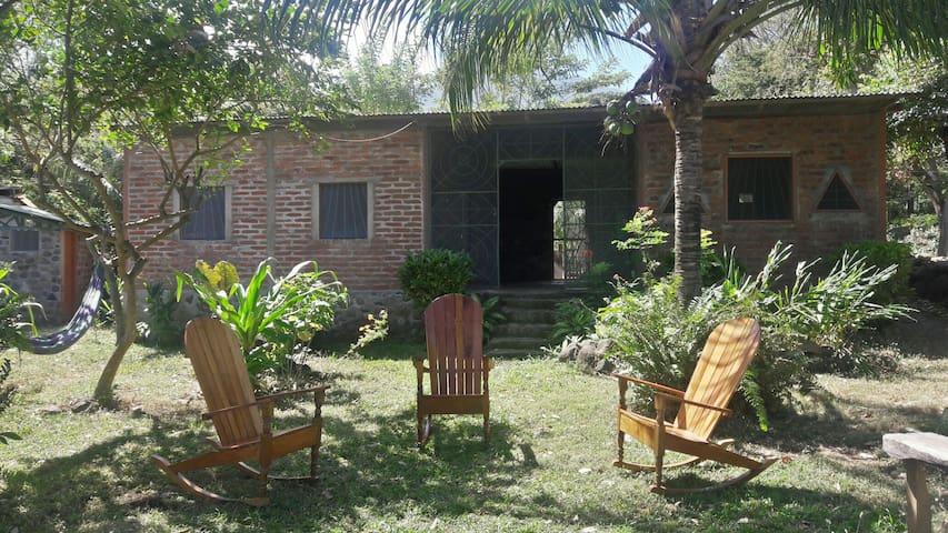 Tony's beach house - Balgüe, Departamento de Rivas - Rumah