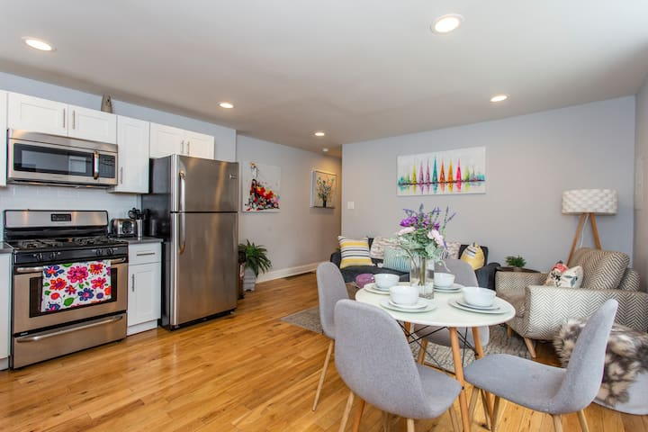 Amazing Philly Find - NEW Condo with PARKING